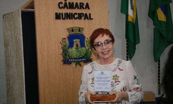 jornalista-eugenia-nogueira-recebe-homenagem-da-camara-municipal-de-fortaleza