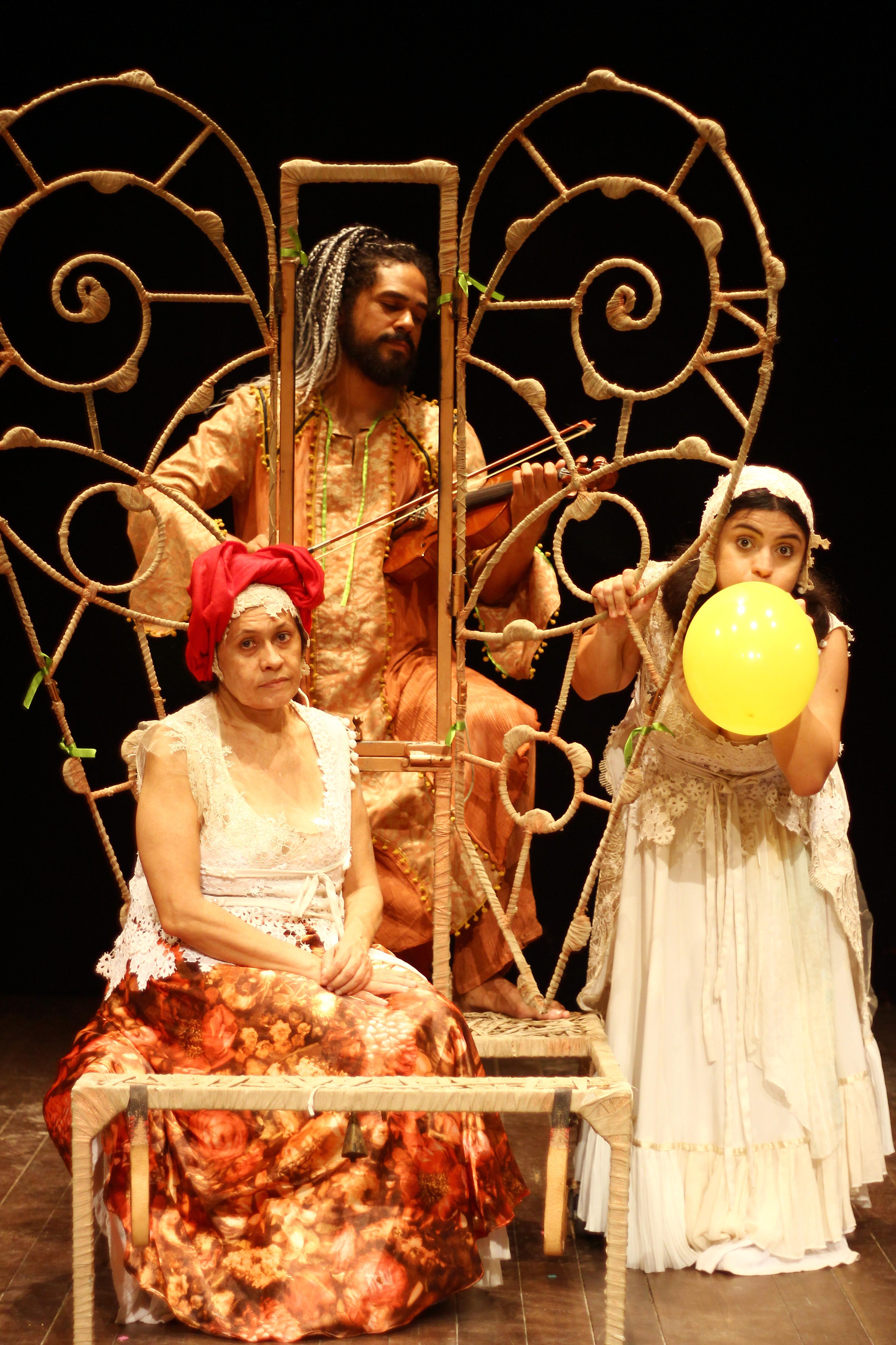 espetaculo-tempo-temporao-traz-ao-palco-os-saberes-ancestrais-feminino-da-cultural-popular-tradicional