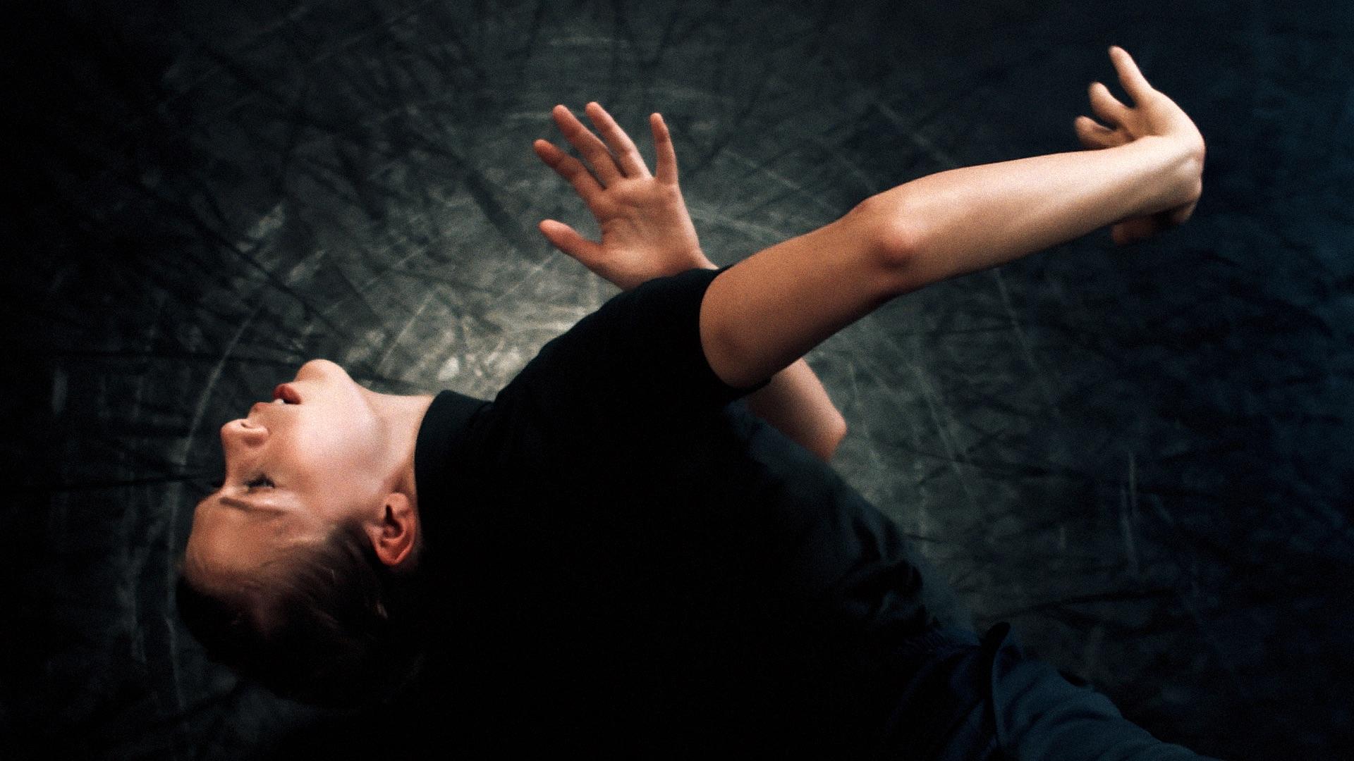 mais-de-250-trabalhos-de-videodanca-e-seminario-sobre-danca-paisagens-urbanas-e-inquietacoes-marcam-a-7a-bienal-de-danca-de-par-em-par-que-comeca-nesta-sexta-feira-05-03